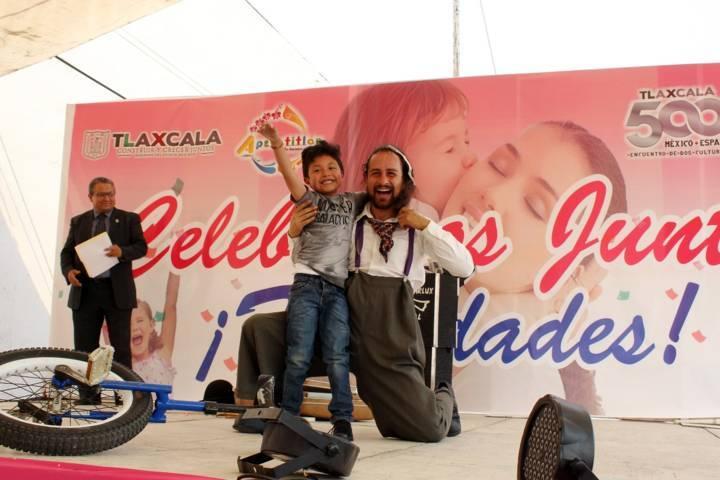Celebra Apetatitlán a mamás y niños con exitoso evento