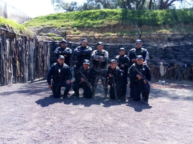 Grupo unidad de reacción de Chiautempan recibe adiestramiento tactico