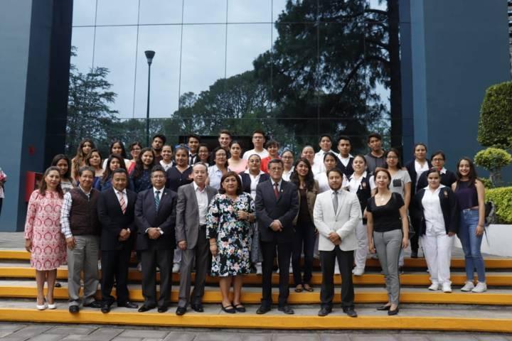 Docentes y estudiantes de UAT en movilidad a Perú