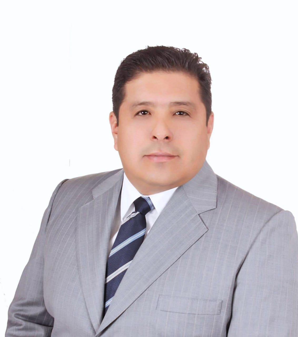 Tlaxcaltecas reconocen logros de Víctor Castro a favor de la salud
