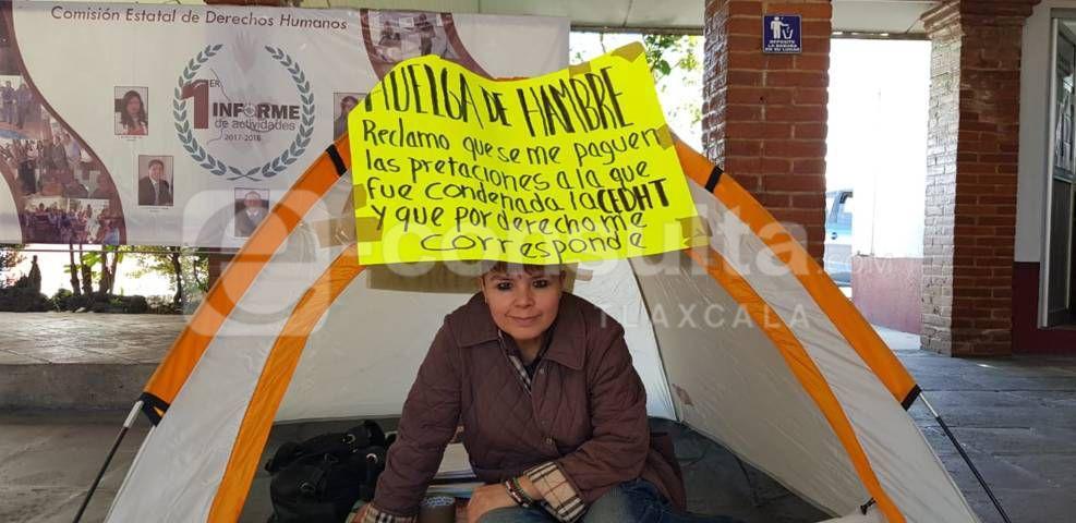 Mujer emprende huelga de hambre en la CEDH, no le quieren pagar