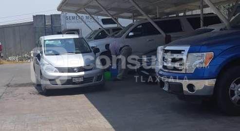 Policías de investigación los utilizan para lavar carros en la PGJE