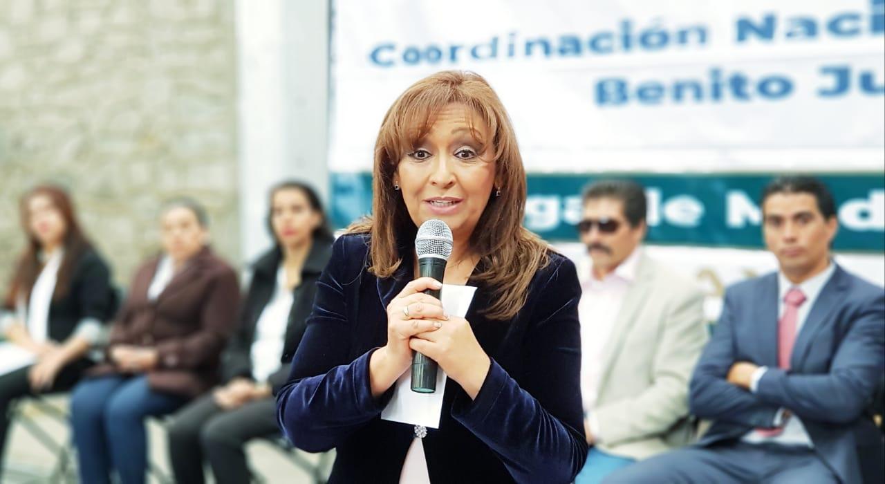 Reciben becas alumnos de la  Universidad de Bienestar  campus Xaltocan