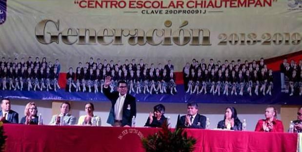 Asiste Garrido a clausura del Centro Escolar Chiautempan