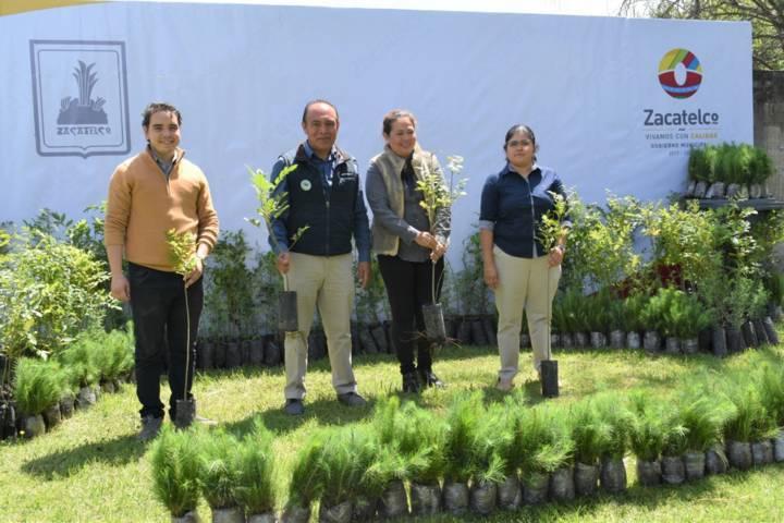Alcalde conmemora el Día Mundial del Árbol entregando 3 mil árboles