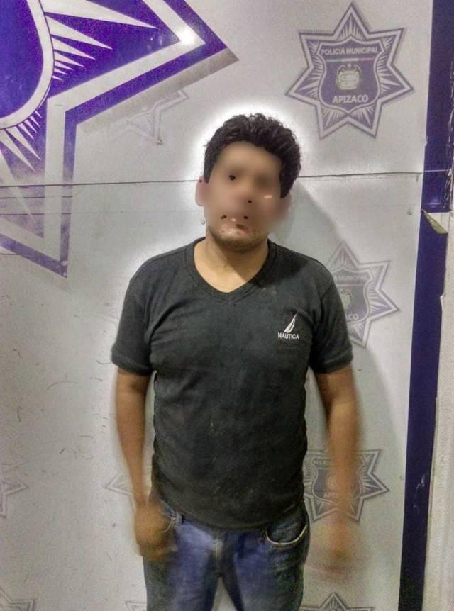 En segundos, asegura Policía de Apizaco a sujeto que robó un celular, es la 4ta vez que es detenido