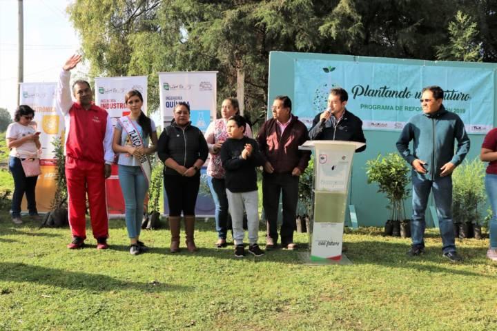 Alcalde impulsa el cuidado del medio ambiente con la reforestación de la Ciénega