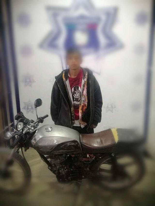 Captura Policía de Apizaco a sujeto por robo de motocicleta
