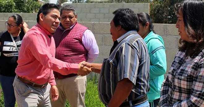Atiende Garrido peticiones de ciudadanos en Cuauhtelulpan