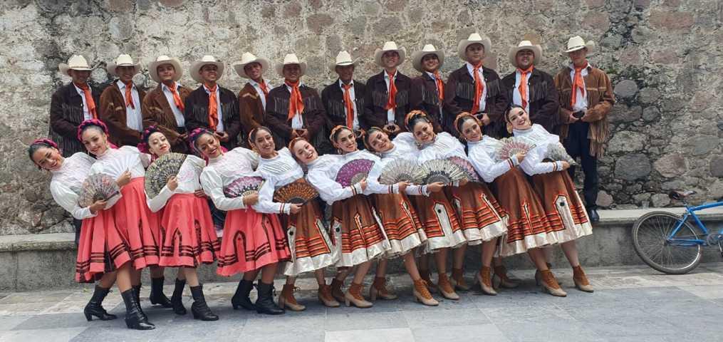 El 7mo evento cultural Folklorico recibió a Zacatecas y a Cacaxtla