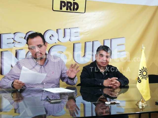 Adquisición de patrullas dejará ganancias millonarias al gobierno: PRD