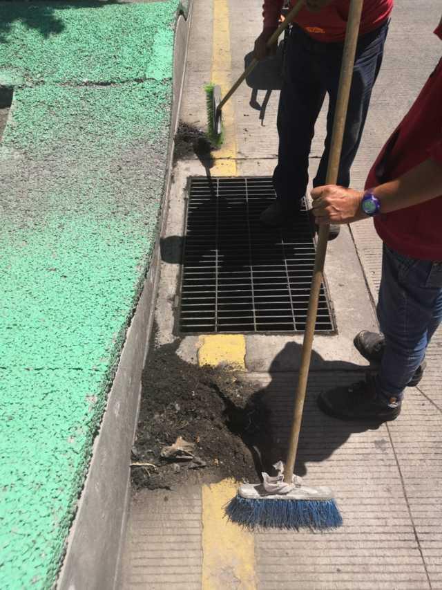 Imagen Urbana de Apizaco emprende limpieza de alcantarillas