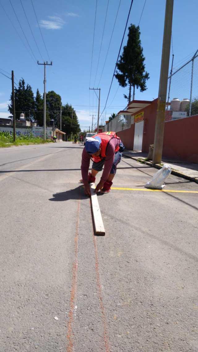 Para este regreso a clases Ayuntamiento baliza pasos peatonales y señalamientos