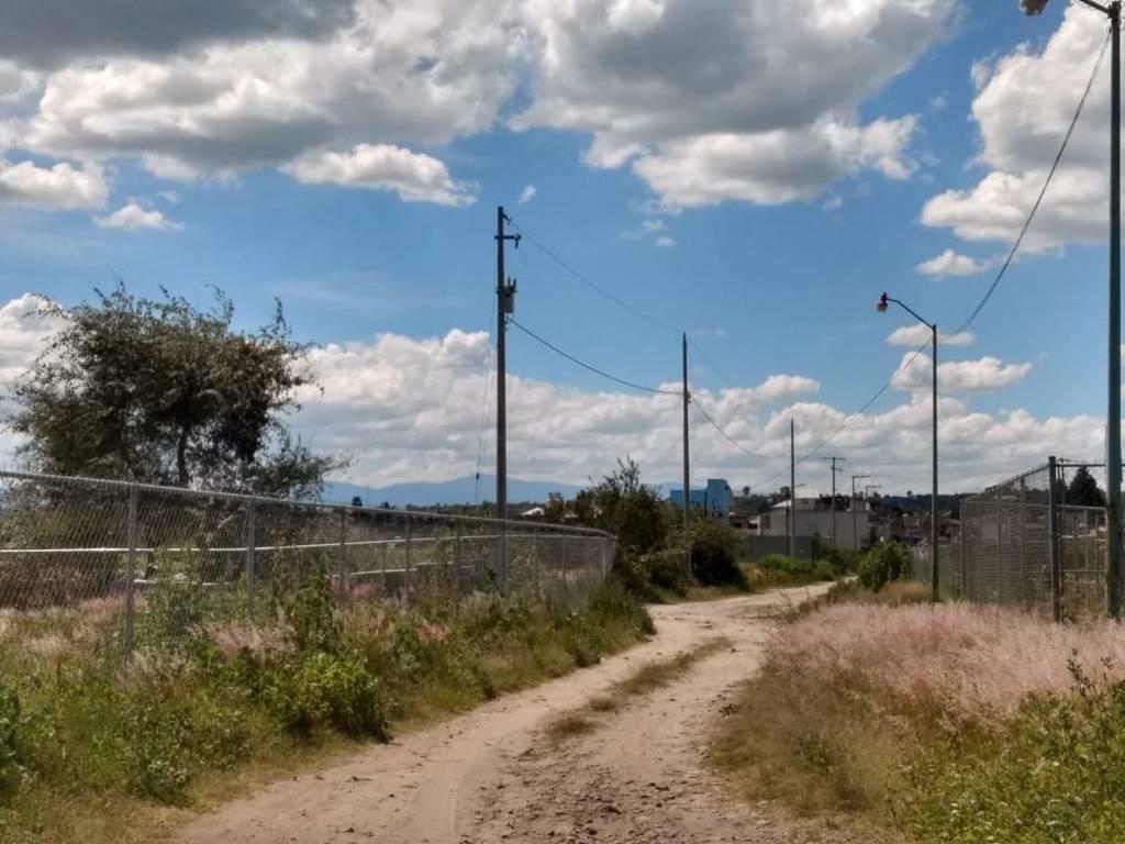 Concluyen ampliaciones de red de electrificación en Huactzinco