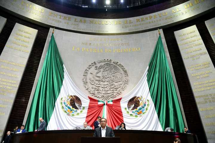 Carlos Carreón sin hacer nada le gusta criticar gobierno de AMLO