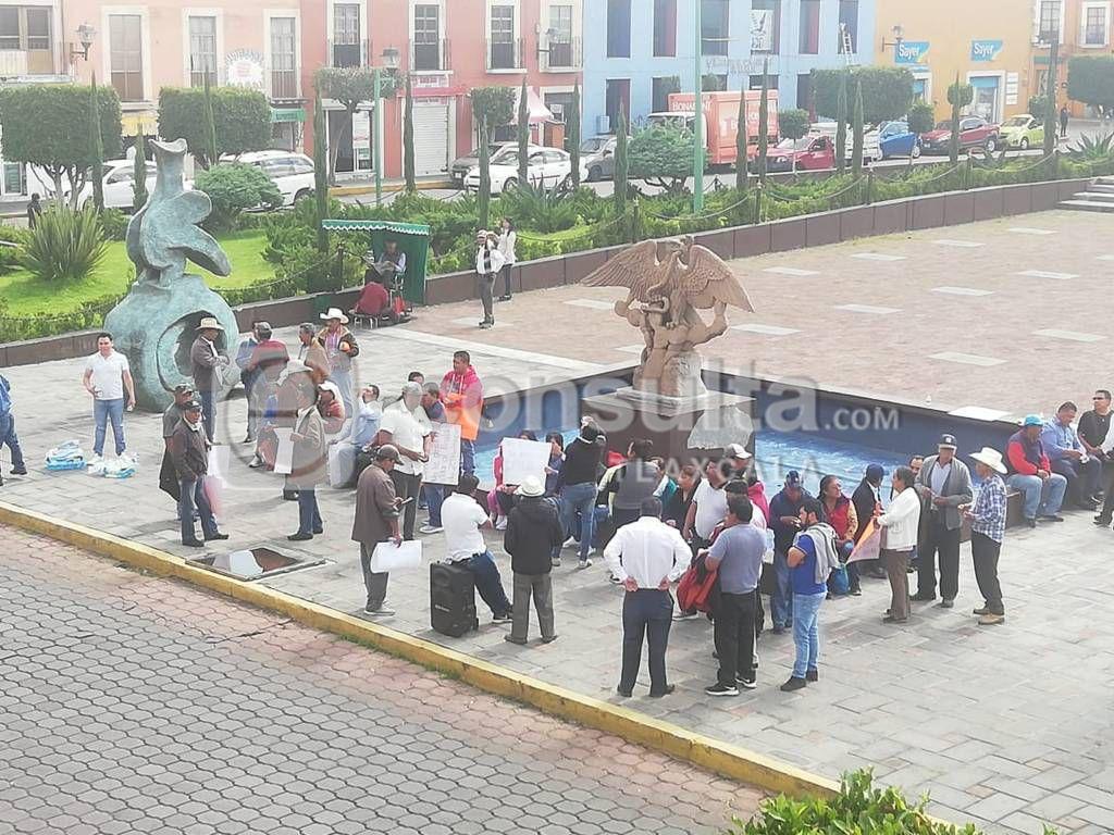 Pobladores de Zitlaltépec van enserio, quieren la destitución de su alcalde