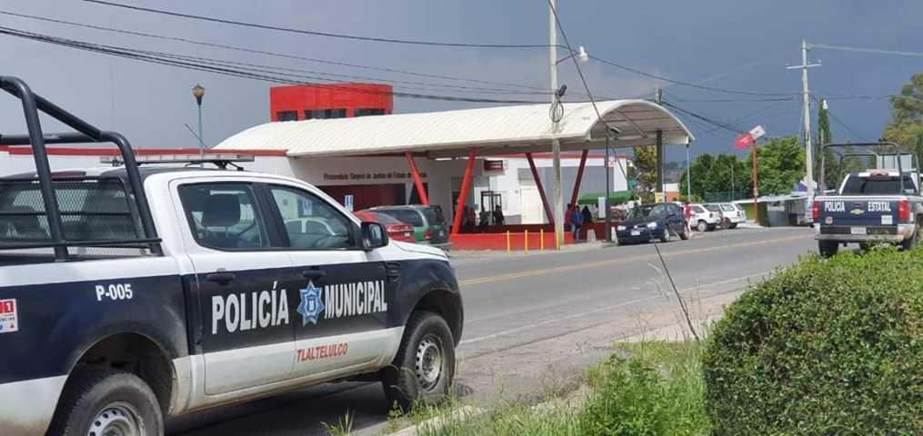 En persecución policía municipal logran detener a presuntos ladrones