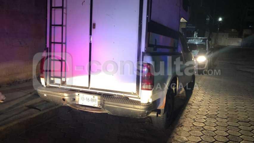 Policía municipal de Zacatelco recupera camioneta con reporte de robo