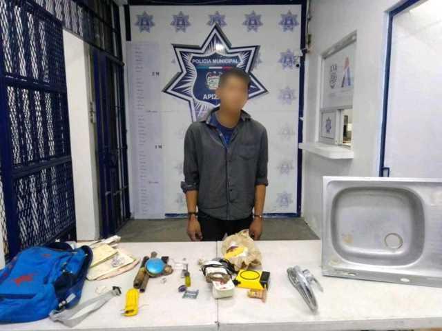 Asegura Policía de Apizaco a sujeto por intentar introducirse a un domicilio