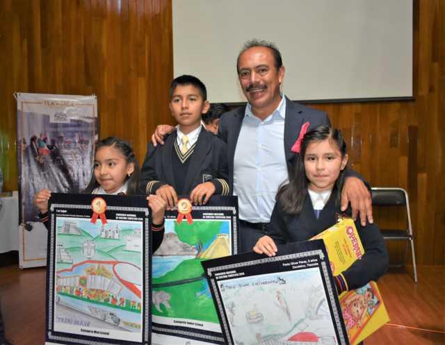 Turismo del Edo reconoce a Zacatelco por participar en el concurso de Cultura Turística