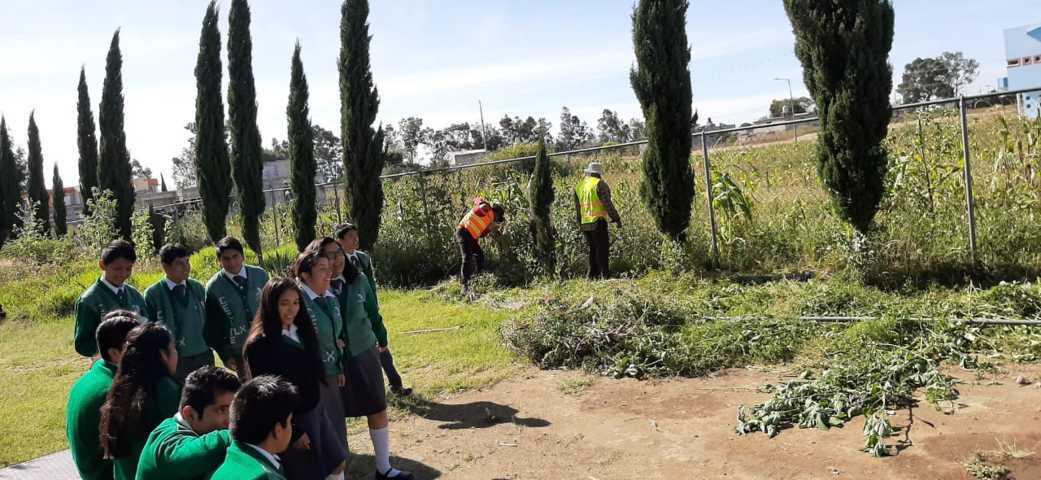 Alcalde impulsa la educación en CECyTE con una barda perimetral