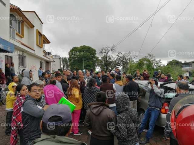 Pobladores de SPM se manifiestan contra el alza del pasaje y mal servicio