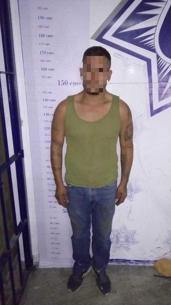 En operativo de vigilancia, asegura Policía de Apizaco a sujeto armado