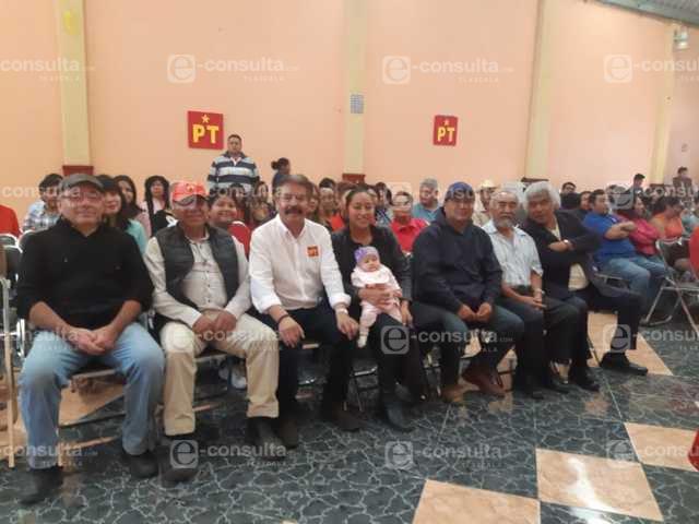 Reyes Ruiz muestra músculo político con masiva afiliación del PT en Apizaco
