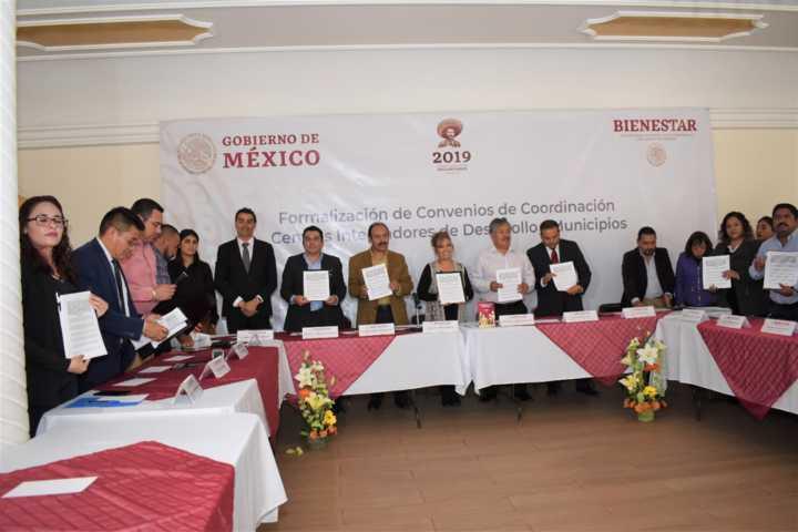 Zacatelco sede de la formación de convenios de desarrollo municipal