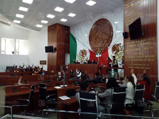 Tlaxcala aprobó la revocación de mandato para gobernadores y presidente