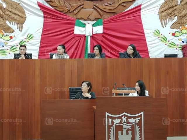 Diputados hacen el ridículo por culpa de María Félix, no capta información