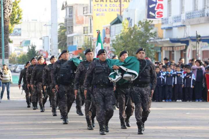Entregan Premio Municipal del Deporte en Apizaco durante conmemoración de la Revolución
