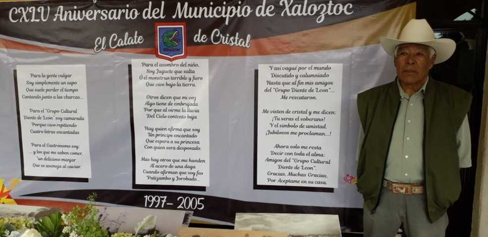 Exponen poema de El Calate de Fernando Fernández, en aniversario de Xaloztoc