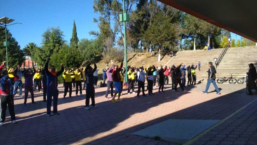 450 educadores físicos del estado, celebran su día en Apizaco