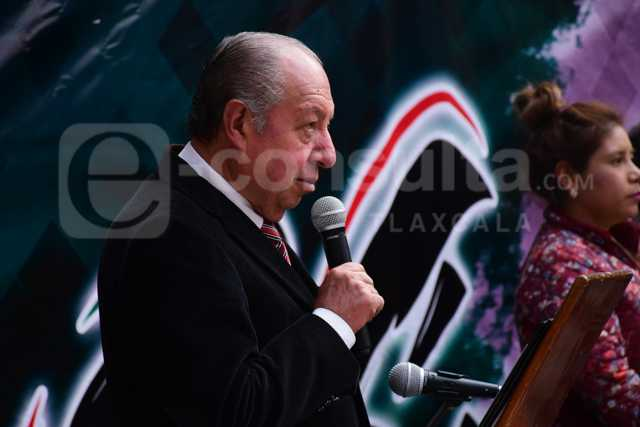 Síndico mediocre de Tlaxco bajo la lupa por no defender al ayuntamiento
