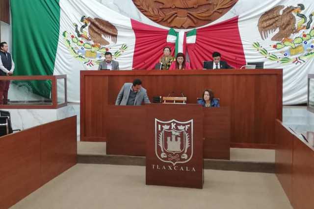 Turnan expediente de Jasso a la comisión instructora de juicio político