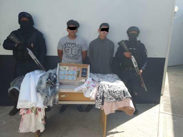 Policía Municipal de Zacatelco Detiene a dos presuntos asaltantes