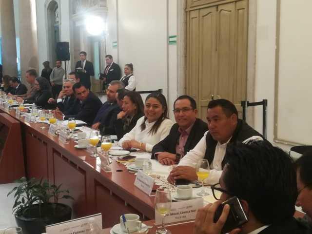 Refrenda Irma Garay su compromiso para legislar a favor de Tlaxcala