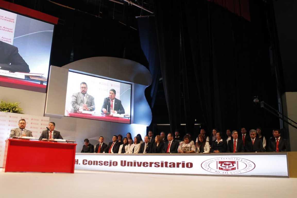 Sanciones contra académicos están firmes: Placencia durante su informe