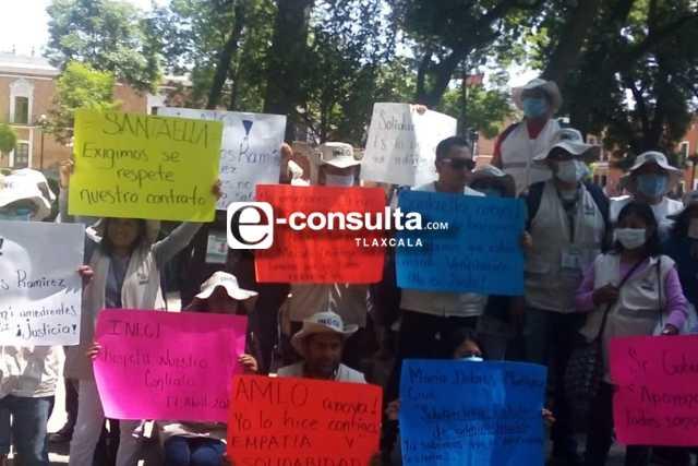 Trabajadores del INEGI se niegan a irse, pese a despido masivo