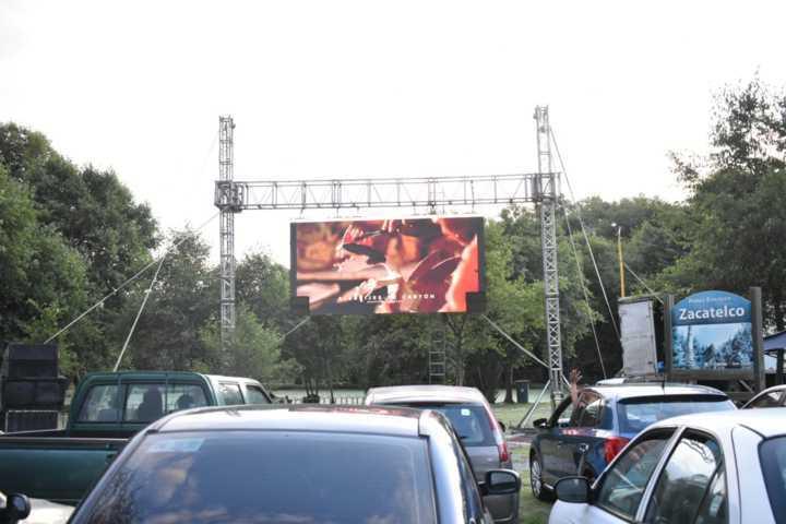 Así fue el Auto Cinema en Zacatelco