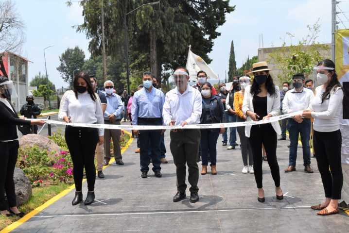 Andador peatonal en Zacatelco , un compromiso cumplido por el presidente Orea