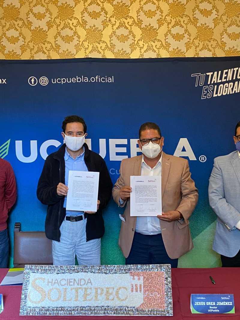 Firma de Convenio General de Colaboración entre la UC Puebla y la Hacienda Soltepec