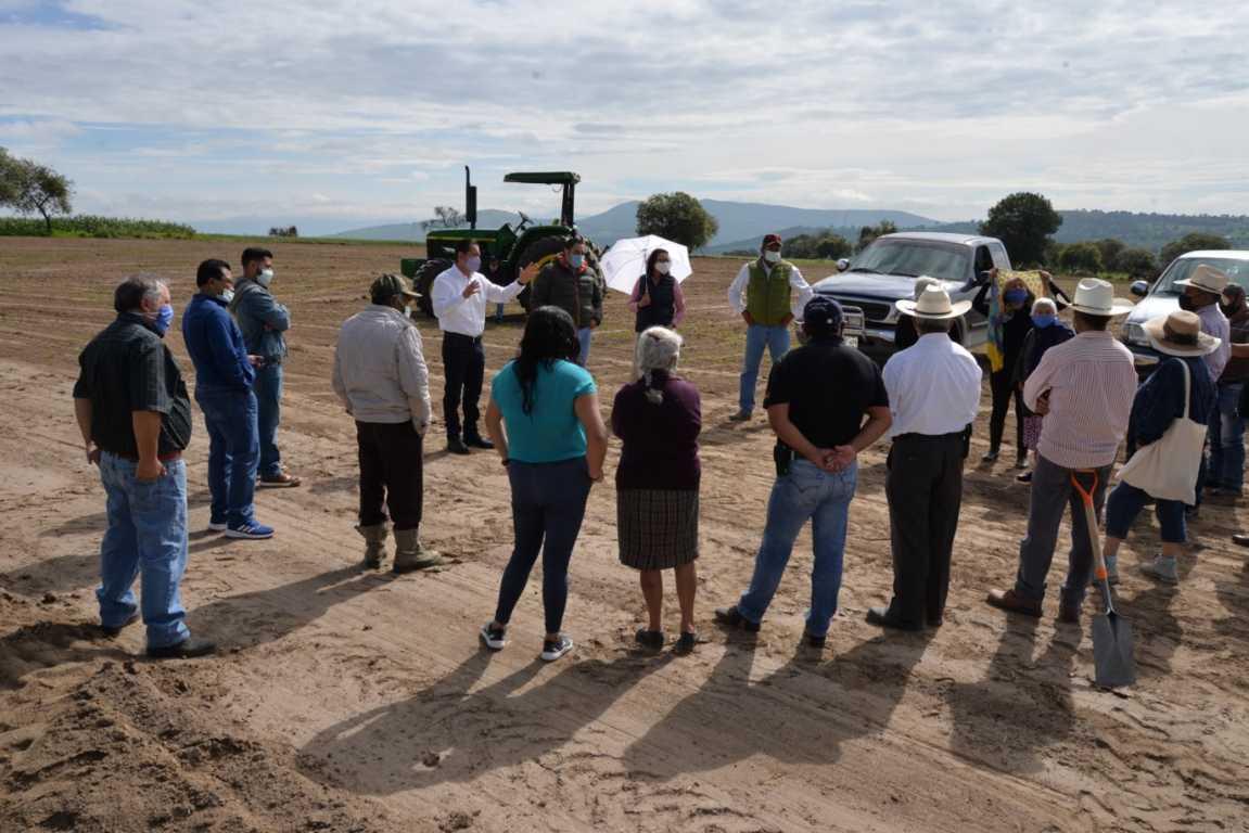 Adquiere Víctor Hugo Sánchez terreno para nuevo panteón municipal en Nanacamilpa