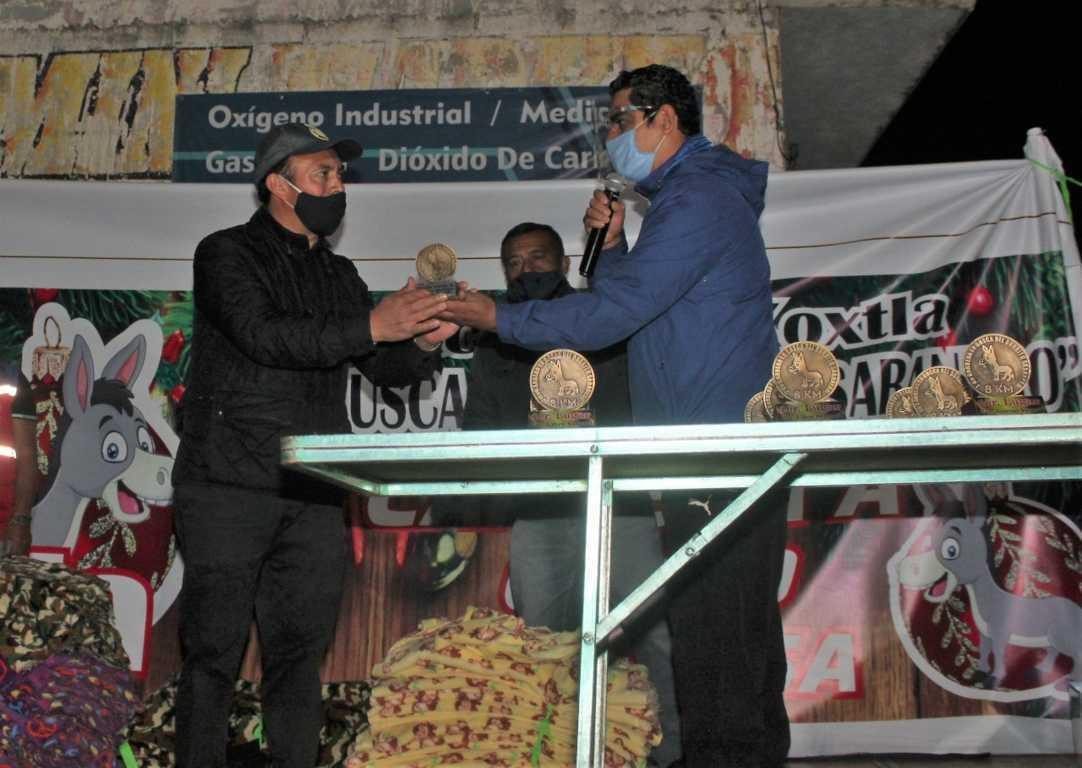 Alcalde de Zacatelco patrocina la segunda Carrera con Causa