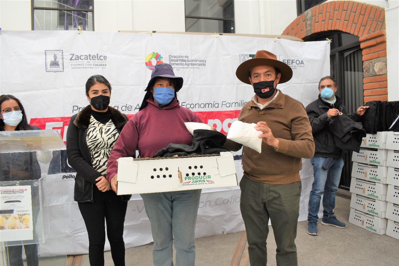 Se realiza la segunda etapa de la entrega de Aves de Traspatio a familias vulnerables en Zacatelco