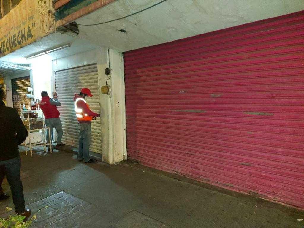 Suspenden comercios por infrigir horario por pandemia en Chiautempan