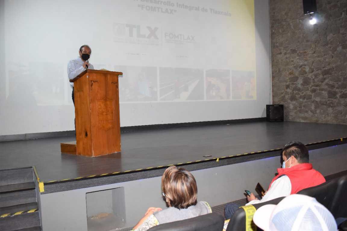 Ayuntamiento de Zacatelco Respalda cursos y pláticas por parte del FOMTLAX