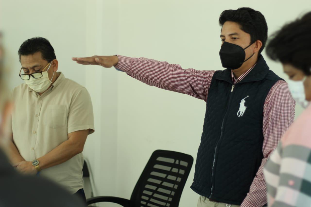 Toma  protesta como nuevo  presidente interino de Totolac C. Eduardo Salgado Sánchez