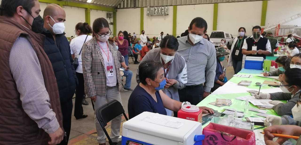 Avanza vacunación a adultos mayores en 11 municipios